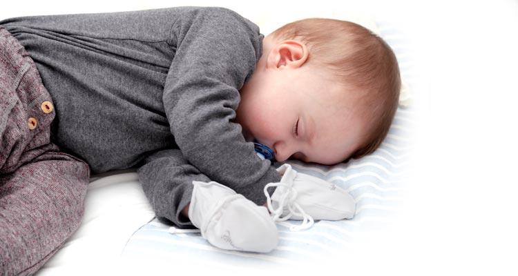 neurodermitis neurodermitis bei babys und kleinkindern. Black Bedroom Furniture Sets. Home Design Ideas